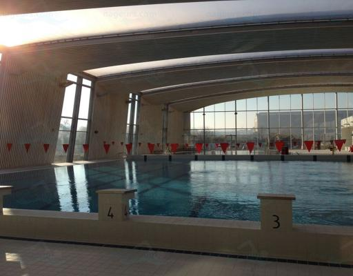 Piscine de mantes en yvelines for Piscine yvelines