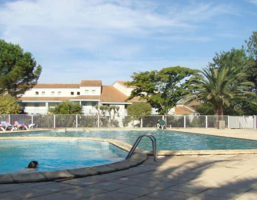 Pierre et vacances moliets for Aygueblue piscine