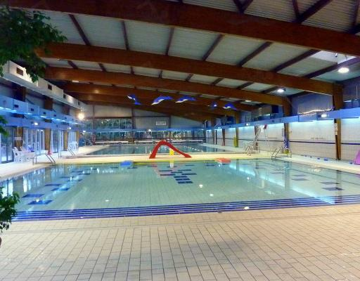 Piscine de s vres for Clamart piscine
