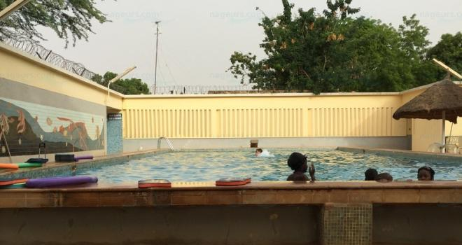photo Piscine de l'h�tel Terminus, Niamey