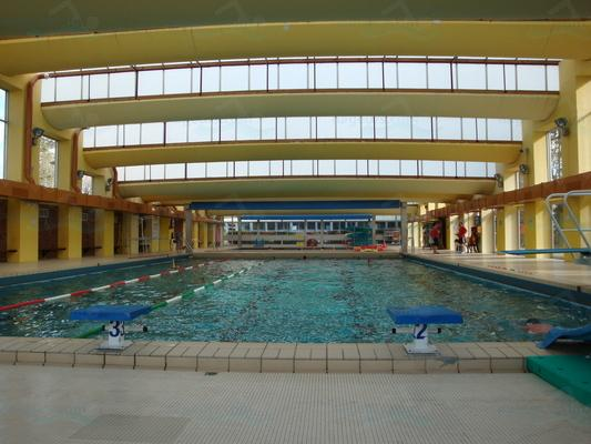 Piscines france bourgogne les piscines yonne 89 for Piscine de joigny