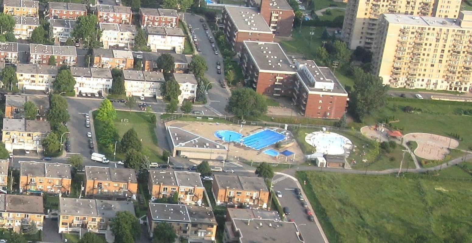 Annuaire des piscines canada piscines for Piscine bourgonniere