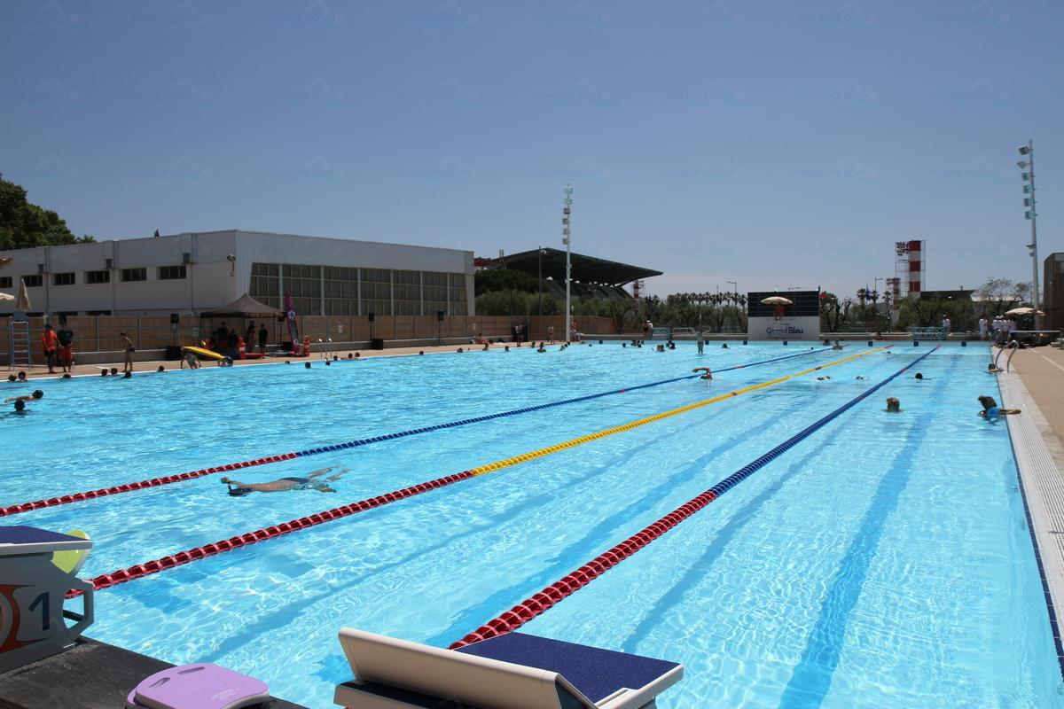 Photos centre aquatique grand bleu for Piscine campelieres
