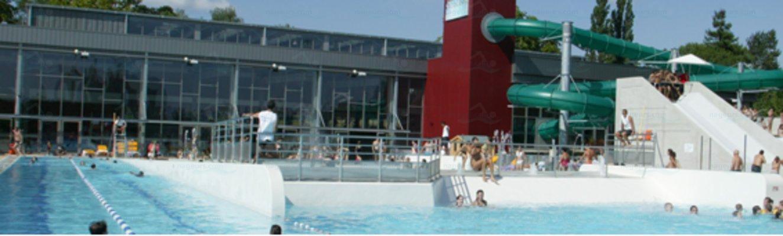 Photos piscine carr d 39 eau for Bourg argental piscine