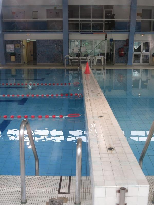 Photos complexe sportif claude chedal anglay - Revetement de piscine resine colombes ...