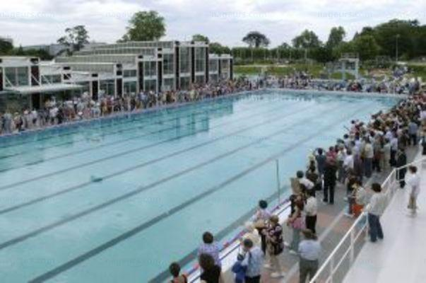 Le guide des 2 piscines de talence for Piscine thouars