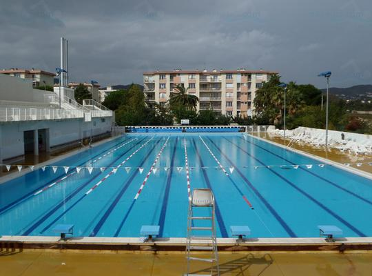 Photos complexe aquatique de hy res for Piscine hyeres