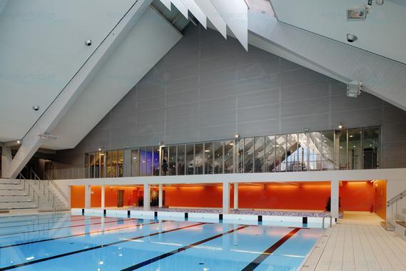 Photos piscine du kremlin bic tre - Horaires piscine kremlin bicetre ...