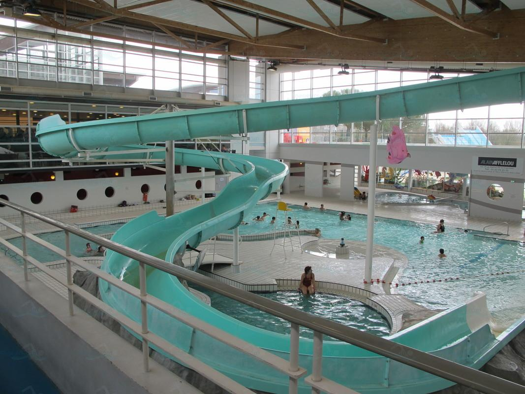 D co piscine municipale avec toboggan 22 caen piscine for Piscine pailleron
