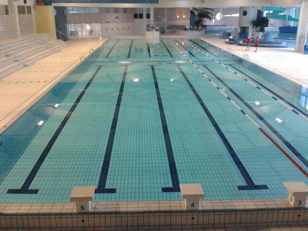 Piscine puteaux horaires piscine du palais des sports de for Piscine ivry sur seine horaires