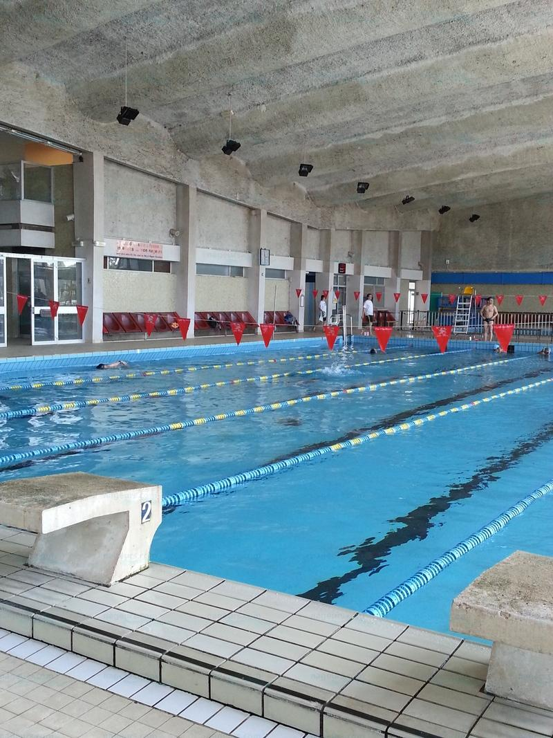 Photos piscine marville for Piscine baleine saint denis