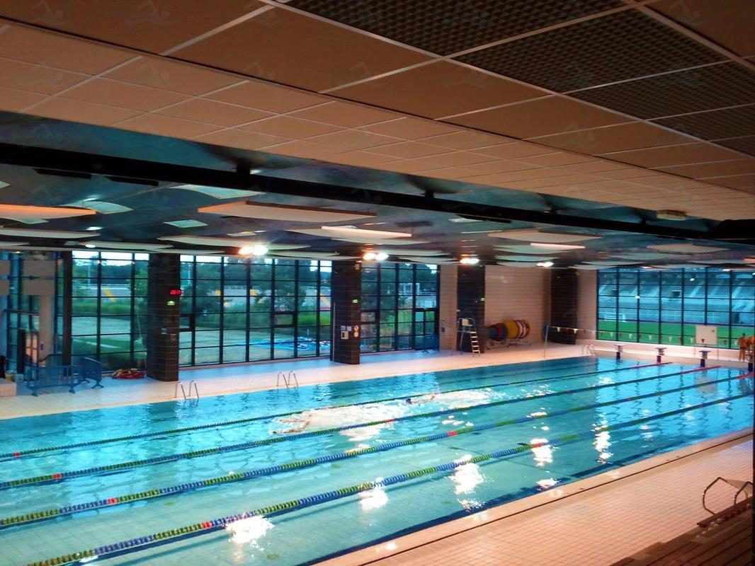 Photos piscine montbauron for Club piscine boucherville telephone