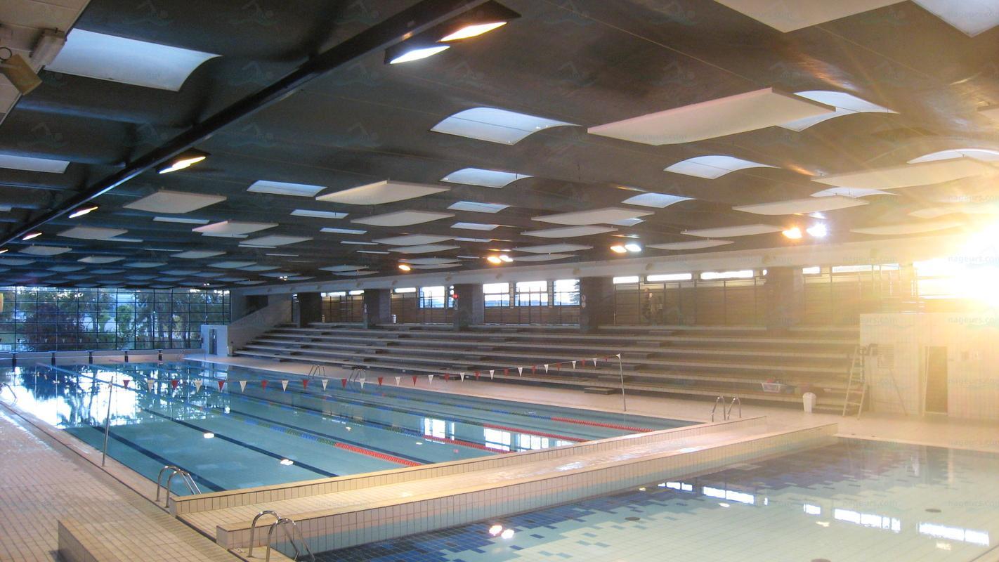 Piscines france ile de france les piscines yvelines for Piscine montbauron