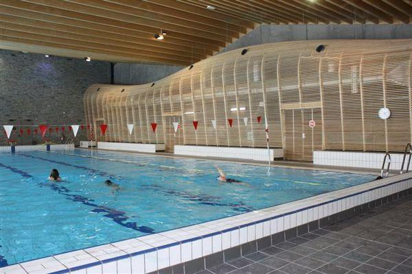 Piscine de morzine for Piscine ile bleue seynod