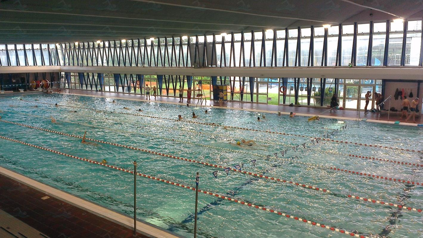 Photos piscine de nanterre for Centre claude robillard horaire piscine