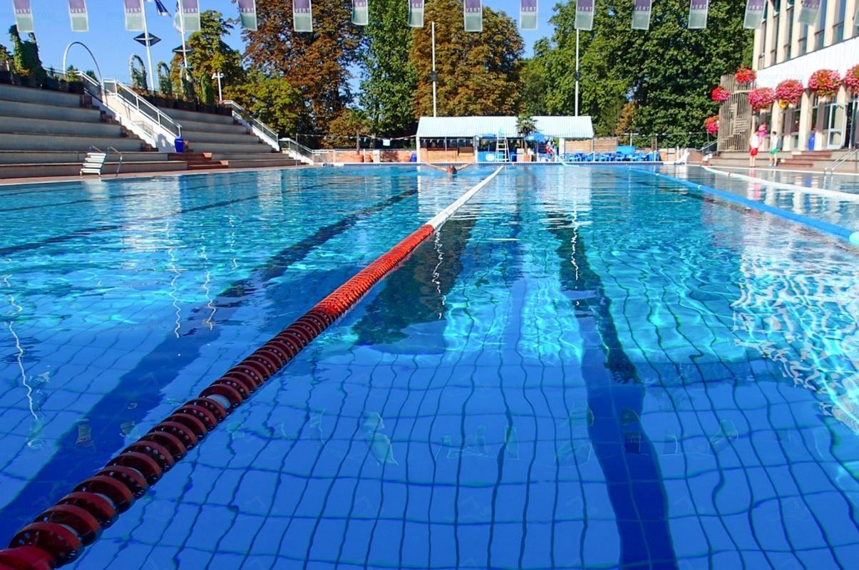 Photos piscine de nogent sur marne for Horaires piscine nogent