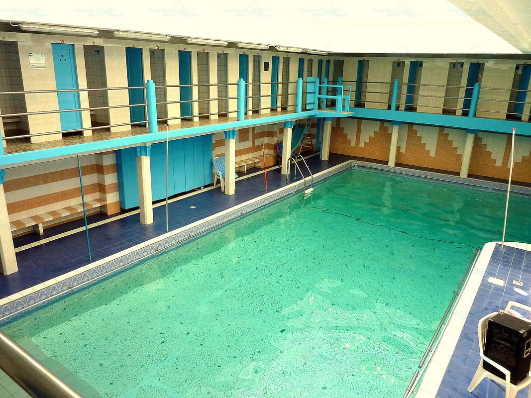 D co bassin piscine pailleron brest 1217 brest foot for Piscine pailleron