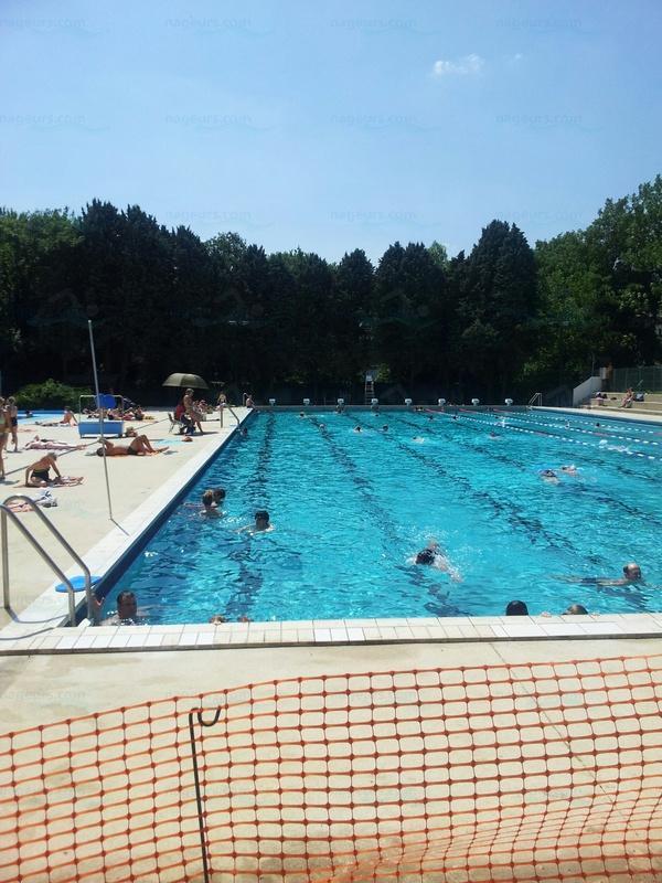Photos piscine d 39 orsay for Piscine la vague