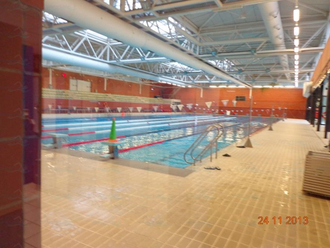 piscina plydesportivo paco yoldi