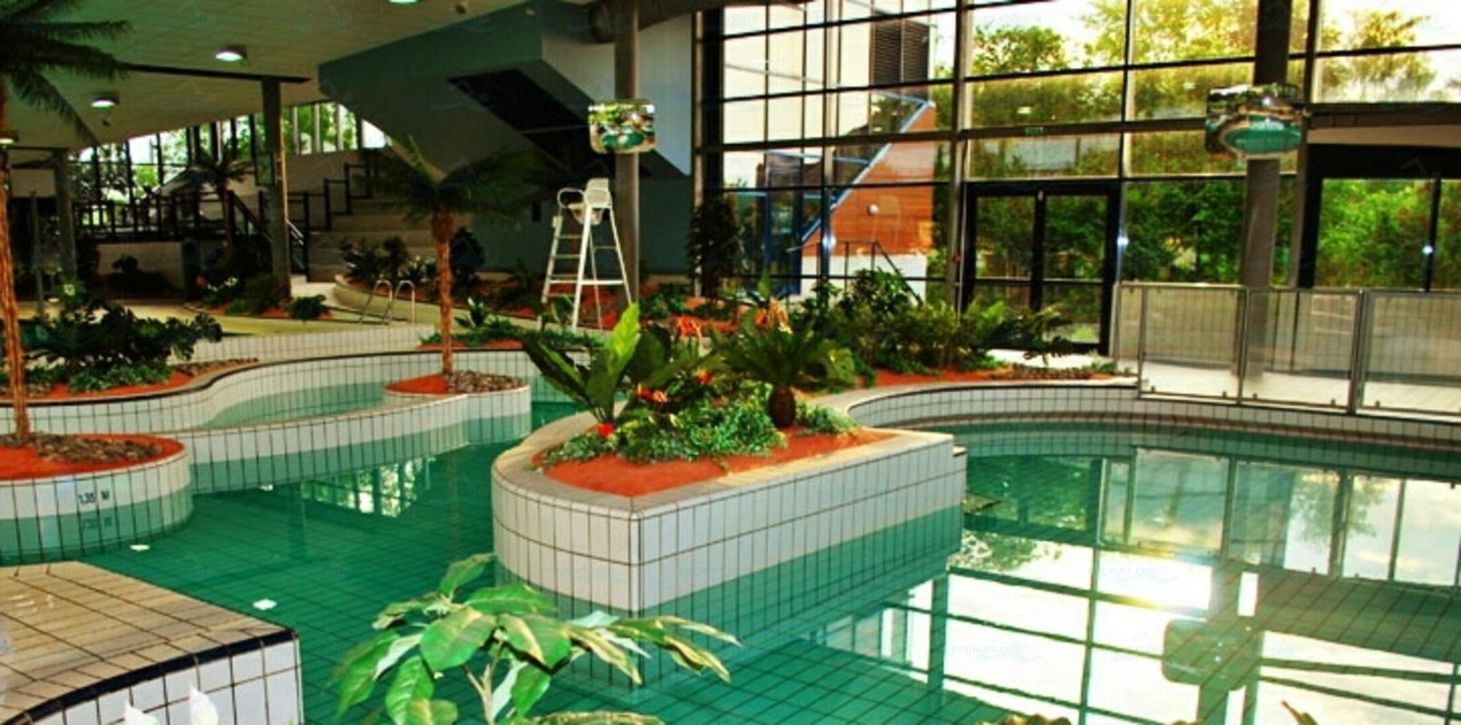 Piscines france centre les piscines loiret 45 for Piscine orleans