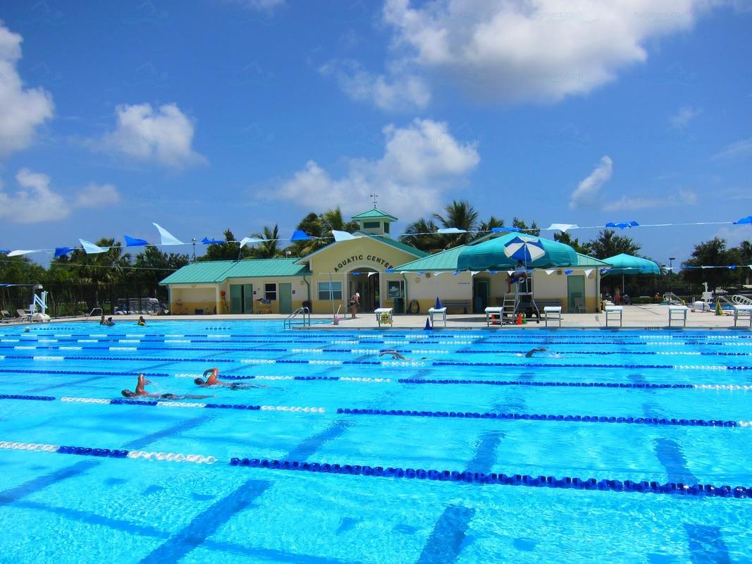 Annuaire des piscines etats unis piscines for Club piscine west island