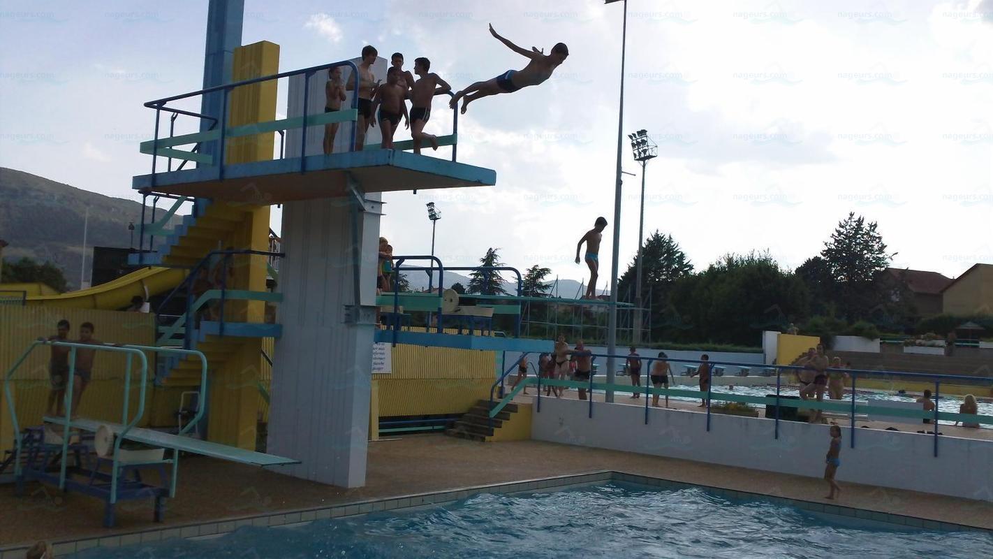 Photos centre aquatique municipale roger julian for Piscine saint affrique