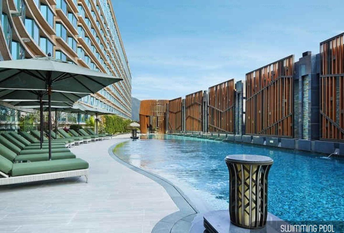 Royal plazza hotel for Piscine montparnasse