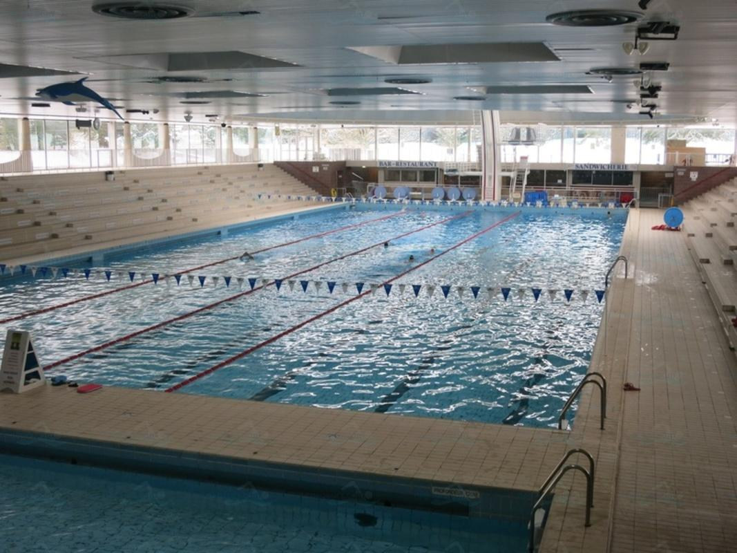 Photos piscine olympique intercommunale de saint germain for Piscine saintes