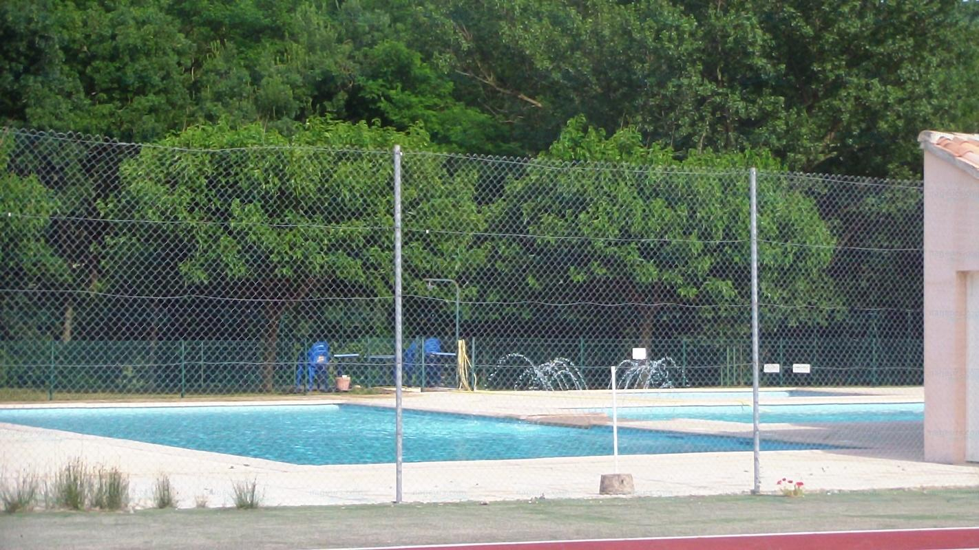Piscines france rh ne alpes les piscines ard che 07 for Piscine 07500