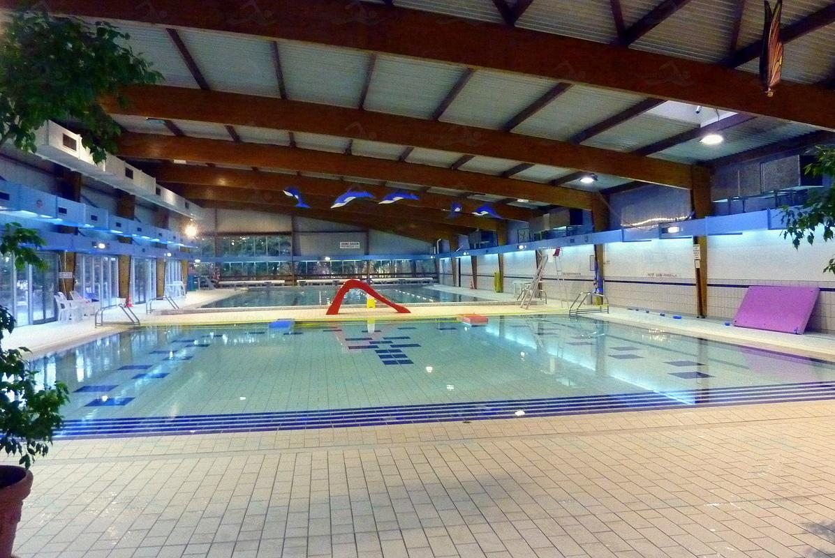 Photos piscine de s vres for Horaire piscine boulogne
