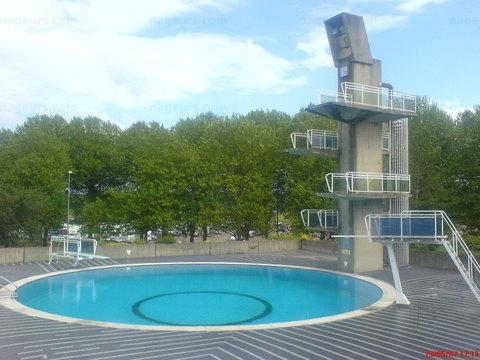 Piscines france basse normandie les piscines for Camping calvados avec piscine