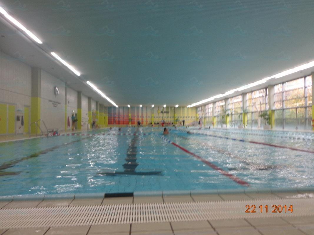 Stadtbad charlottenburg neue halle nouveau hall for Piscine halle