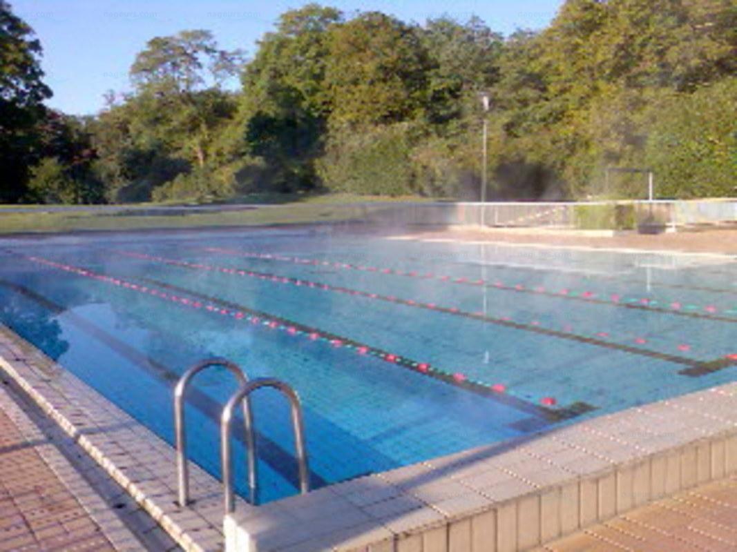 Photos piscine de sucy en brie for Brossolette piscine
