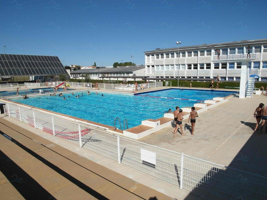 Piscines france poitou charentes les piscines for Chatelaillon piscine