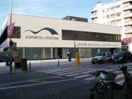 Parc del garraf for Piscina municipal sitges