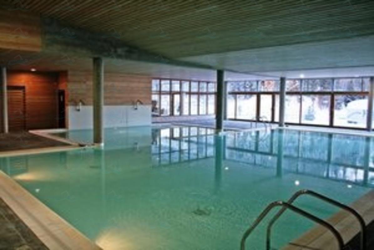 Piscines france rh ne alpes les piscines is re 38 for Club piscine st jerome telephone