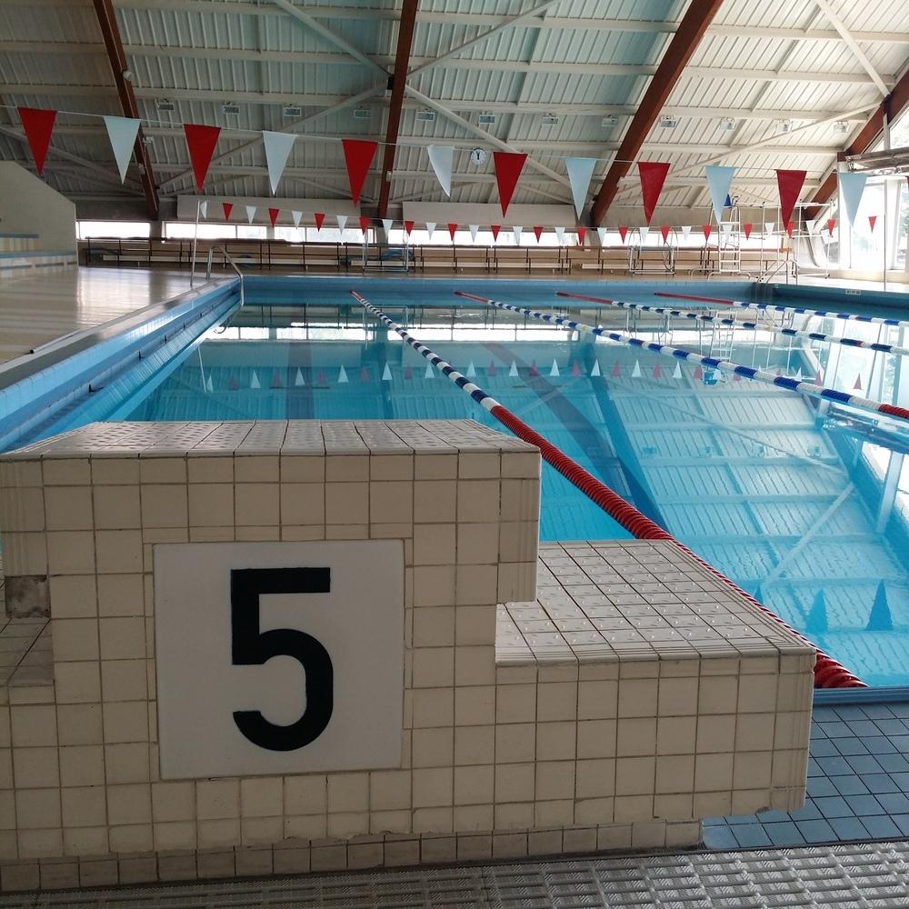 Piscine de l 39 ecole polytechnique - La vague piscine palaiseau ...