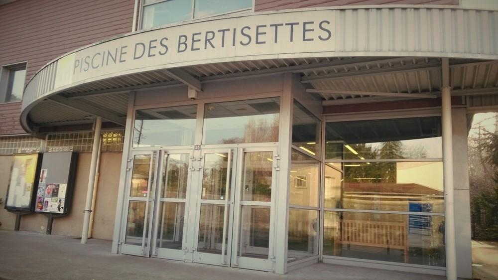 Piscine des bertisettes for Piscine viroflay