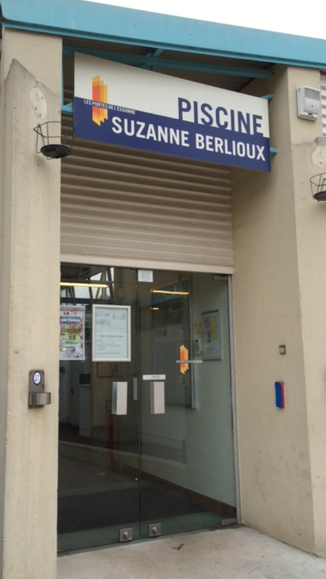 Piscine suzanne berlioux de juvisy sur orge for Piscine suzanne berlioux