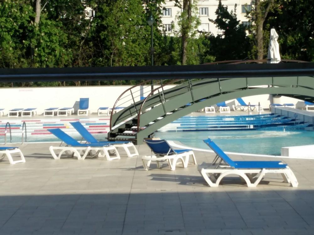 Piscine puteaux horaires piscine du palais des sports de for Piscine puteaux