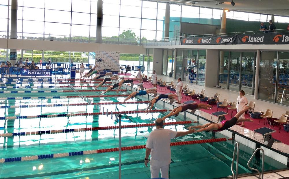 piscine gayeulles 11 novembre arles