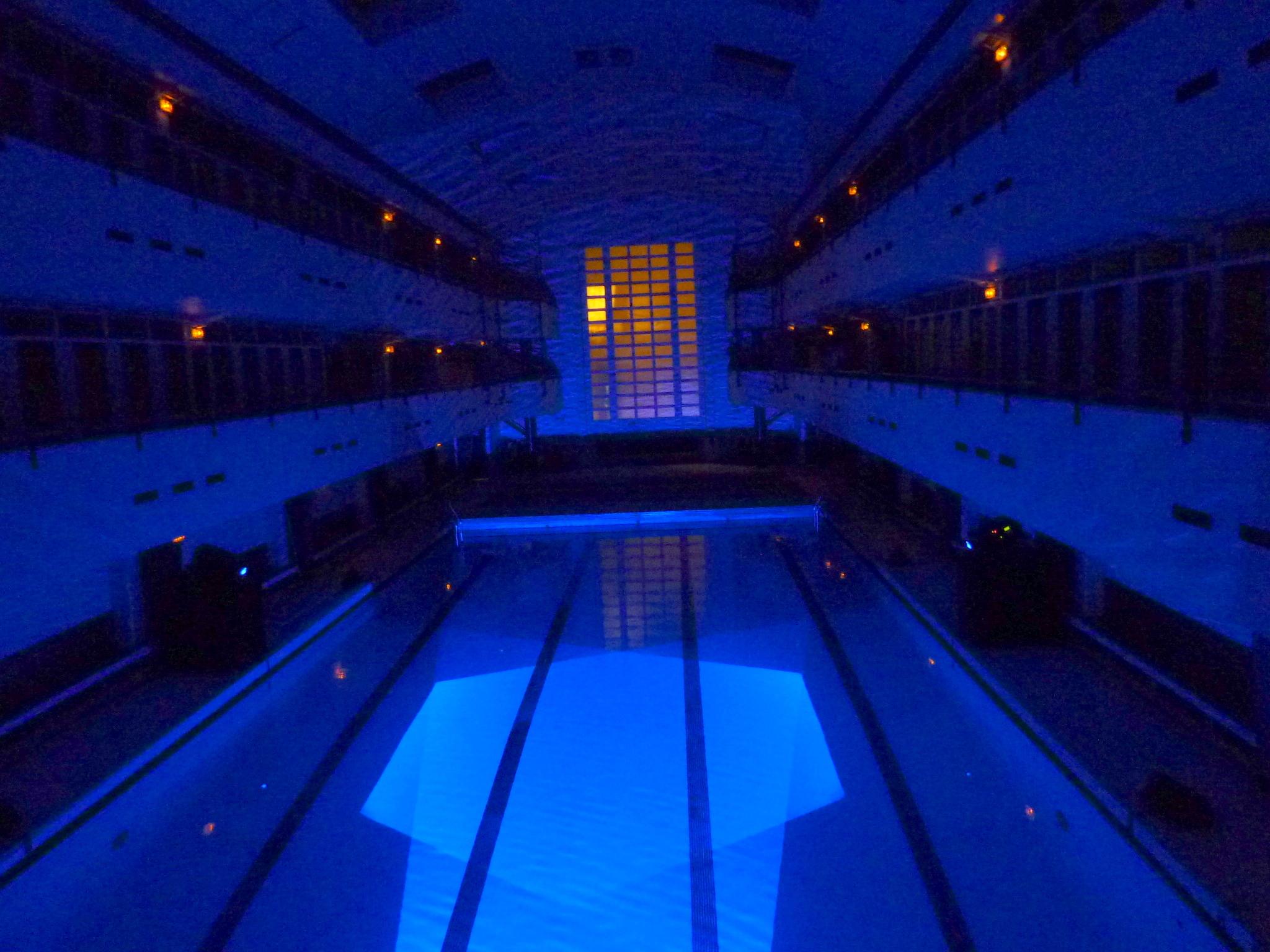 Octobre 2011 radio piscine for Piscine valeyre