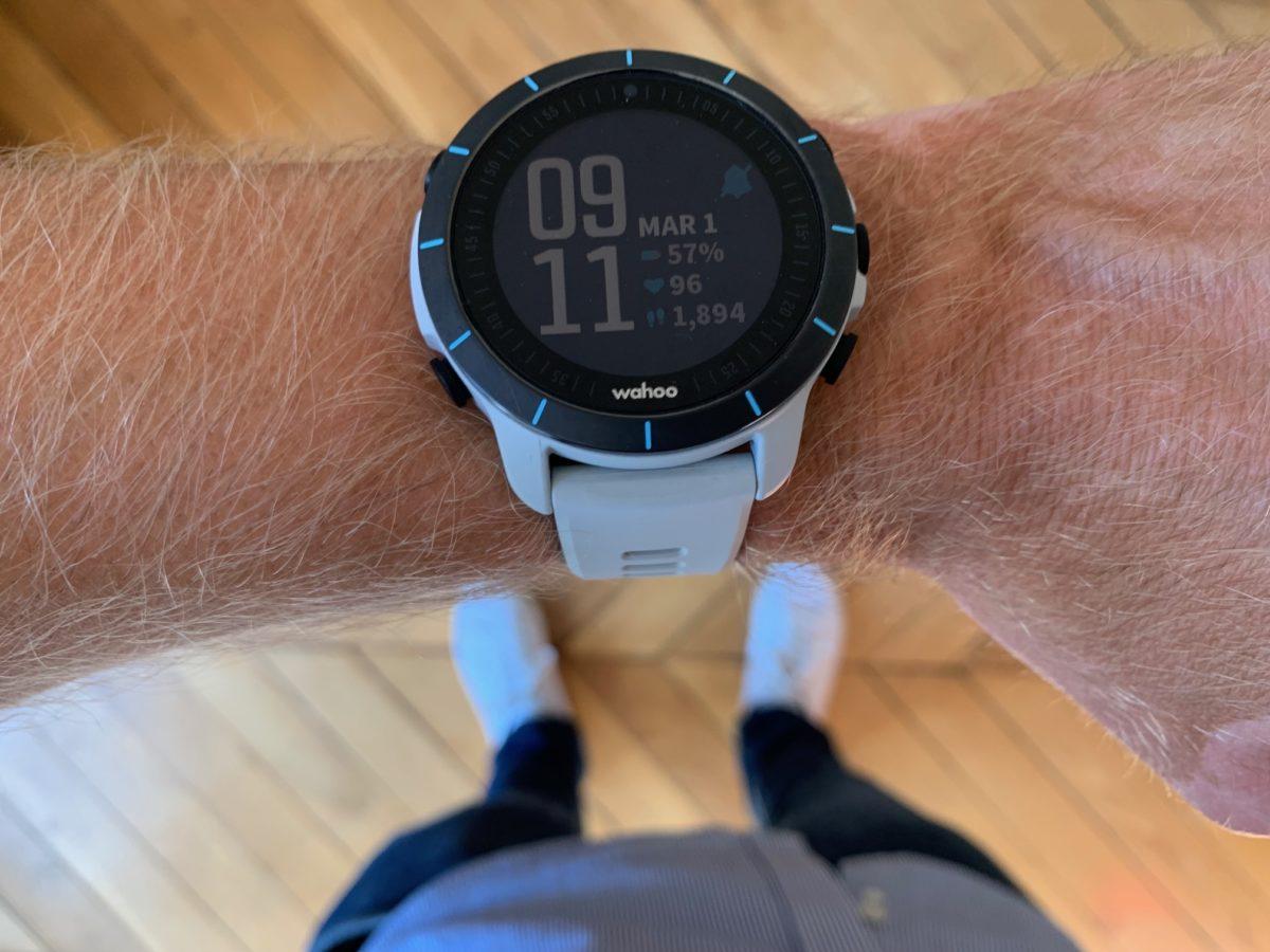 La montre de triathlon Wahoo Elemnt Rival : bien pour les mesures GPS, mitigé pour la natation
