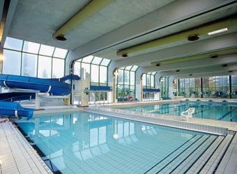Piscines paris le guide complet des 38 piscines for Champerret piscine