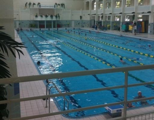 Piscine nancy thermal couverte for Piscine nancy
