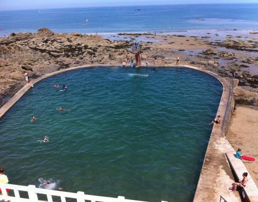 Piscine d 39 eau de mer de saint quay portrieux for Piscine lamballe horaires