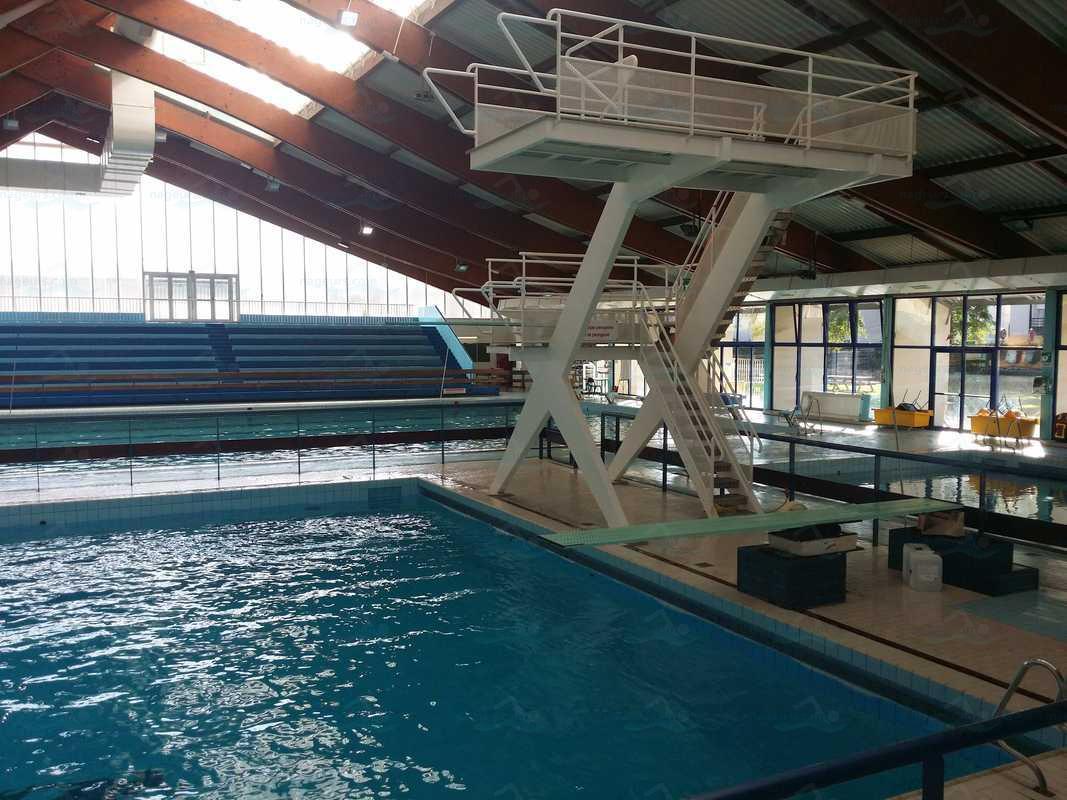 Piscines france ile de france les piscines val de for Piscine de cachan