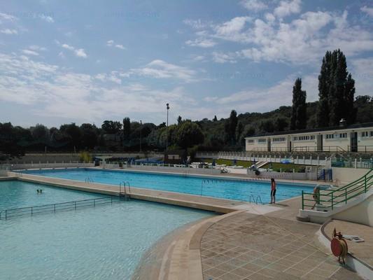 Piscines france ile de france les piscines yvelines for Piscine de versailles