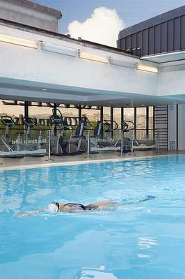 Photos blue fitness novotel paris tour eiffel for Piscine emile anthoine