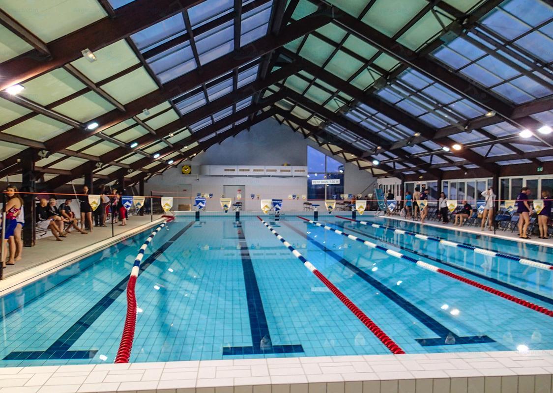 Photos piscine catherine plewinski for Piscine villecresnes